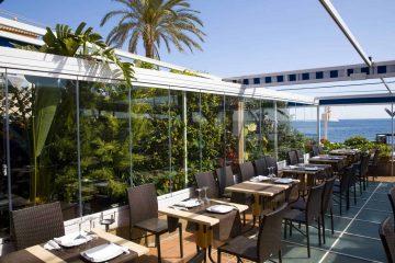 Terraza del restaurante Pepe y estrella