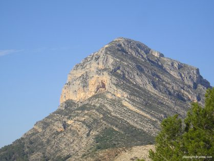 El montgó, una montaña mágica